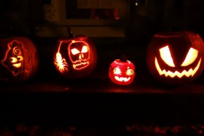 Jack-o'-lantern Carving Party